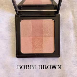 ボビイブラウン(BOBBI BROWN)のBOBBI BROWN ブライトニング ブリック(チーク)
