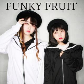 ファンキーフルーツ(FUNKY FRUIT)のファンキーフルーツ フリルセーラーパーカー(パーカー)