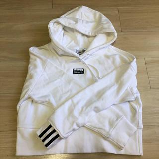 アディダス(adidas)のアディダス レディース パーカー Tシャツ ショート丈 セット(シャツ/ブラウス(半袖/袖なし))