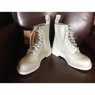 Dr.Martens - 未使用品Dr.MartensドクターマーチンUK4真っ白ブーツ