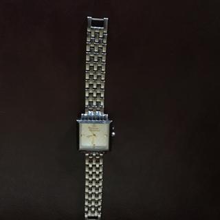 Vivienne Westwood - Vividness Westwoodヴィヴィアンウエストウッド腕時計used