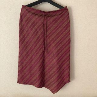 ミッシェルクラン(MICHEL KLEIN)のミッシェルクラン 綺麗な ワイン色のスカート(ひざ丈スカート)