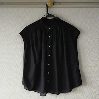 ジーユー(GU)のGU ブラウス ノースリーブ カットソー シャツ(シャツ/ブラウス(半袖/袖なし))