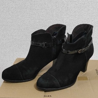SAINT CLAIR ショートブーツ 21.5cm ブーティ スエード 黒(ブーティ)