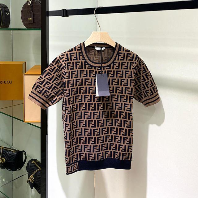 eimy istoire(エイミーイストワール)の新品ロゴニット レディースのトップス(ニット/セーター)の商品写真