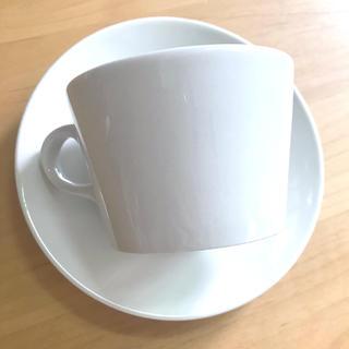 アラビア(ARABIA)の新入荷!美品!ARABIA kilta ホワイトカップ&ソーサー ヴィンテージ (グラス/カップ)