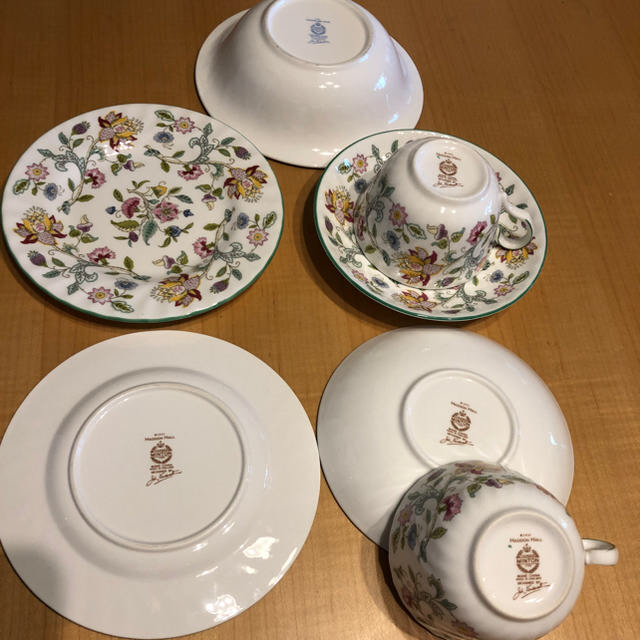 MINTON(ミントン)のミントン カップ&ソーサー2客、ケーキ皿2枚と小鉢1ケ インテリア/住まい/日用品のキッチン/食器(食器)の商品写真