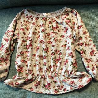 アーヴェヴェ(a.v.v)のavv  花柄カットソー  100cm(Tシャツ/カットソー)