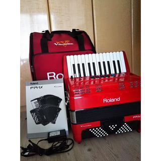 ローランド(Roland)のVアコーディオン FR–1X 鍵盤タイプ レッド ソフトケース付き(アコーディオン)