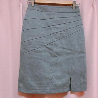 サリア(salire)のsalire 斜め切り替えバンテージスカート(ひざ丈スカート)