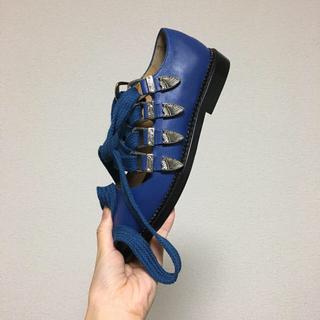 トーガ(TOGA)のTOGA pulla シューズ 試着のみ未使用美品(ローファー/革靴)