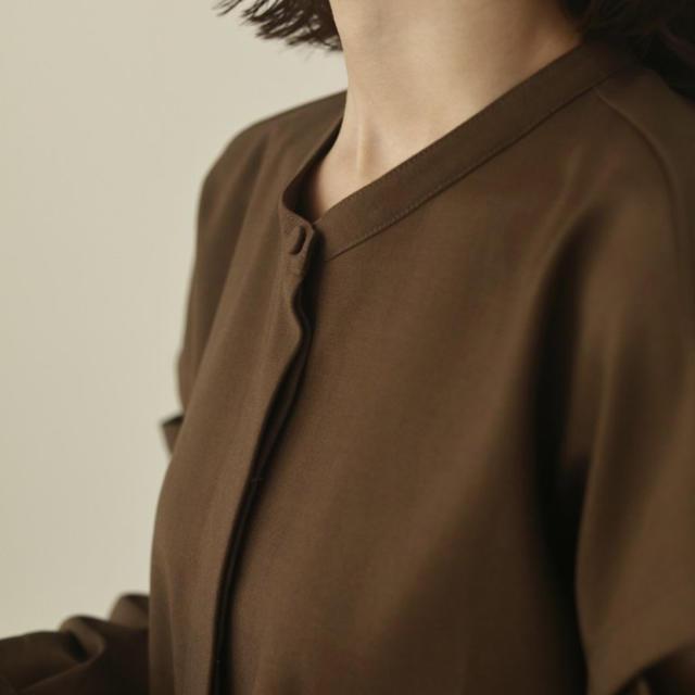 TODAYFUL(トゥデイフル)のlouren ショルダーカットオーバーブラウス レディースのトップス(シャツ/ブラウス(長袖/七分))の商品写真