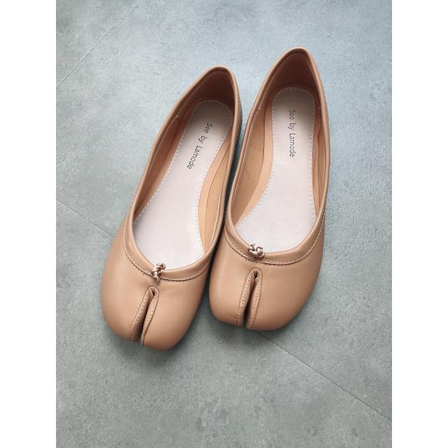 TODAYFUL(トゥデイフル)のDONOBAN 足袋パンプス レディースの靴/シューズ(ハイヒール/パンプス)の商品写真