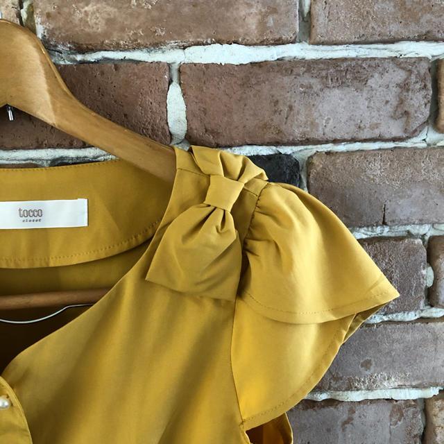 tocco(トッコ)のtocco 肩リボンブラウス レディースのトップス(シャツ/ブラウス(半袖/袖なし))の商品写真