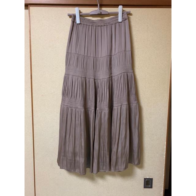 GRACE CONTINENTAL(グレースコンチネンタル)の2020ss GRACE CONTINENTAL シャーリングティアードスカート レディースのスカート(ロングスカート)の商品写真