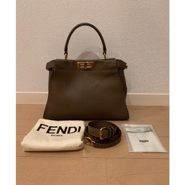 フェンディ  ピーカブー セレリア FENDI ピーカーブー レディースのバッグ(ハンドバッグ)の商品写真
