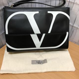 VALENTINO - 【新品】VALENTINO 日本未発売 カーフスキン クラッチバッグ