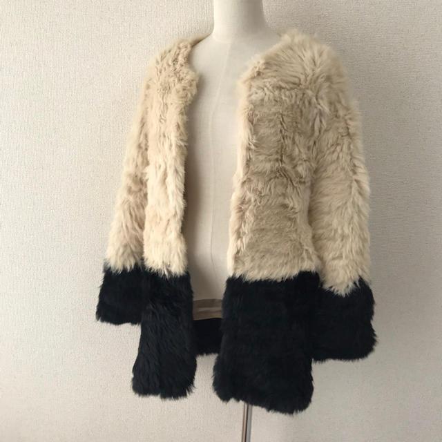 rienda(リエンダ)のrienda リアルラビットファーコート バイカラー Sサイズ  レディースのジャケット/アウター(毛皮/ファーコート)の商品写真
