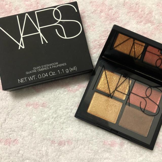 NARS(ナーズ)のNARS クワッドアイシャドー 3974 BAYADERE コスメ/美容のベースメイク/化粧品(アイシャドウ)の商品写真