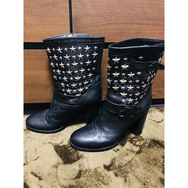 JIMMY CHOO(ジミーチュウ)のJIMMY CHOO スタッズブーツ ブラック レディースの靴/シューズ(ブーツ)の商品写真