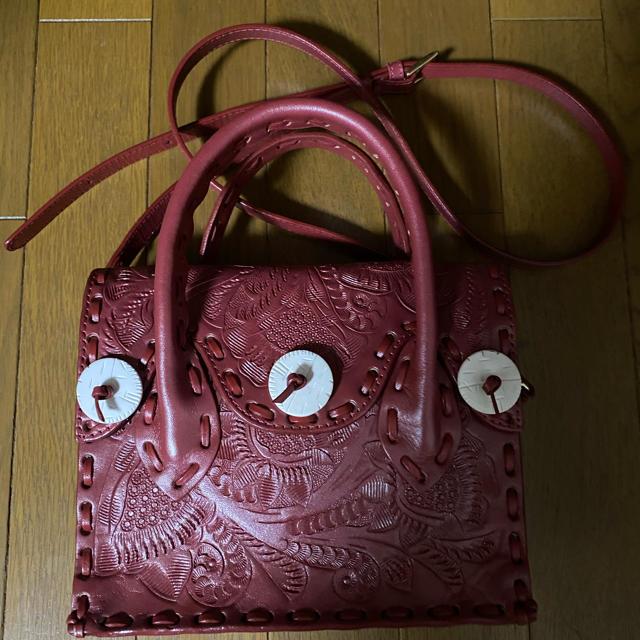 GRACE CONTINENTAL(グレースコンチネンタル)のカービングドライブスのミニマエストラ メタリックレッド レディースのバッグ(ショルダーバッグ)の商品写真