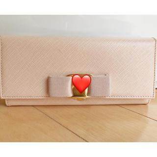 サルヴァトーレフェラガモ(Salvatore Ferragamo)のフェラガモ♡長財布 ピンク 薄ピンク ルイヴィトン、シャネル、プラダ好きにも(財布)