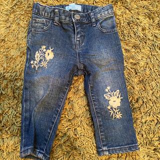 ベビーギャップ(babyGAP)のbabyGAP 花柄刺繍 デニムパンツ(パンツ)