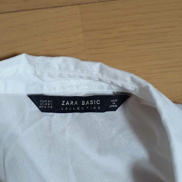 ZARA(ザラ)のZARA 肩空きシャツ ブラウス レディースのトップス(シャツ/ブラウス(長袖/七分))の商品写真