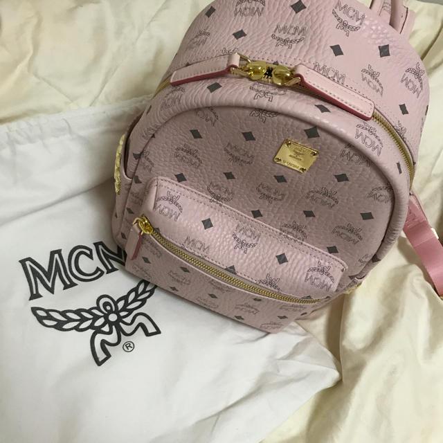 MCM(エムシーエム)のmcm リュック パウダーピンク める様 レディースのバッグ(リュック/バックパック)の商品写真