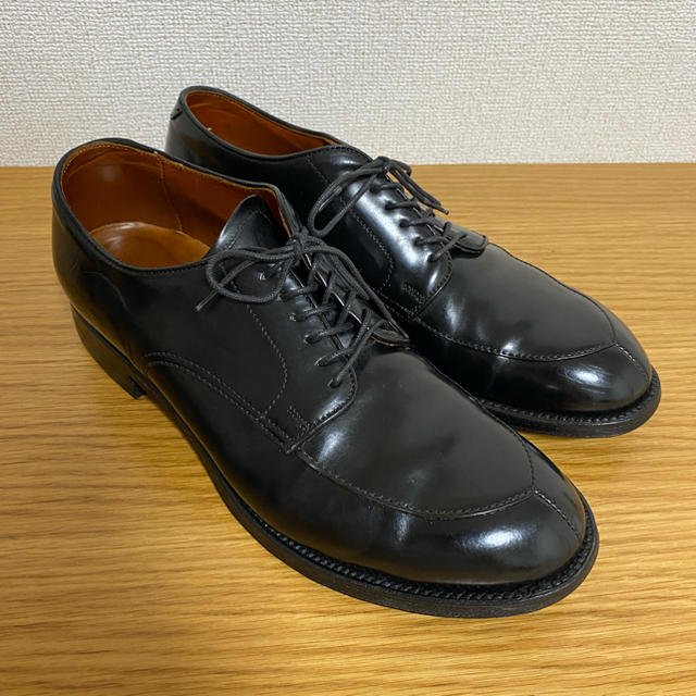 Alden(オールデン)の【美品】オールデン コードバン Vチップ alden メンズの靴/シューズ(ドレス/ビジネス)の商品写真