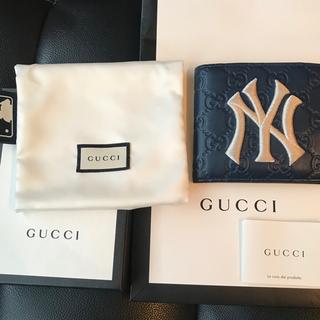 Gucci - 激レア!GUCCI グッチ NYヤンキース コラボ グッチシマ 二つ折り財布