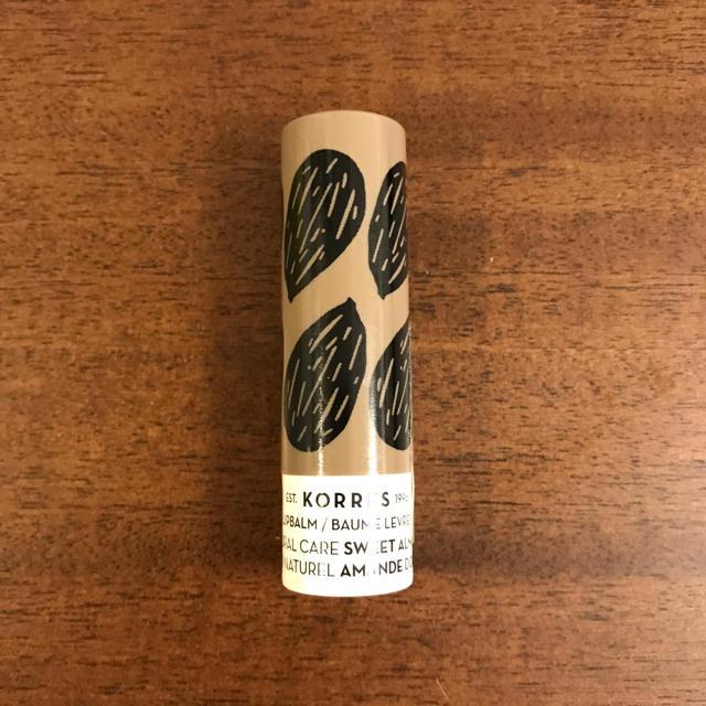 Cosme Kitchen(コスメキッチン)のコレス リップバーム アーモンド コスメ/美容のスキンケア/基礎化粧品(リップケア/リップクリーム)の商品写真
