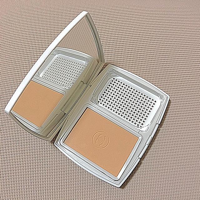 CHANEL(シャネル)のシャネル ルブランコンパクトルミエール コスメ/美容のベースメイク/化粧品(ファンデーション)の商品写真