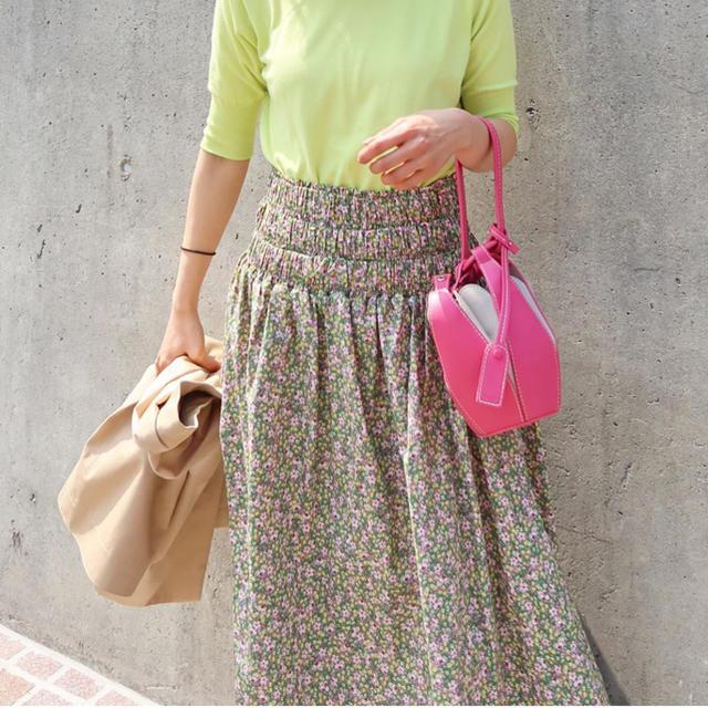 ZARA(ザラ)の川人未帆さん着用 フラワースカート レディースのスカート(ひざ丈スカート)の商品写真