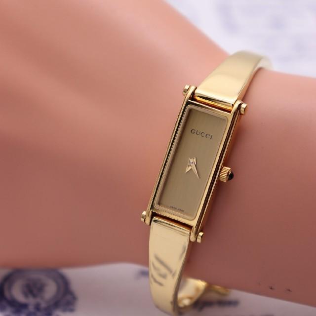 Gucci(グッチ)の正規品【新品電池】GUCCI 1500L/美品 人気モデル 定番 バングル レディースのファッション小物(腕時計)の商品写真