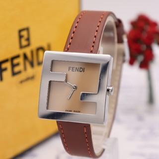 FENDI - 正規品【新品電池】FENDI 4000L/ズッカ柄 動作品 ブラウン系