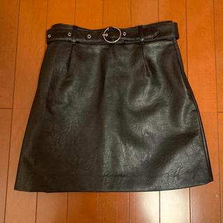エイチアンドエム(H&M)のH&M フェイクレザースカート(ミニスカート)