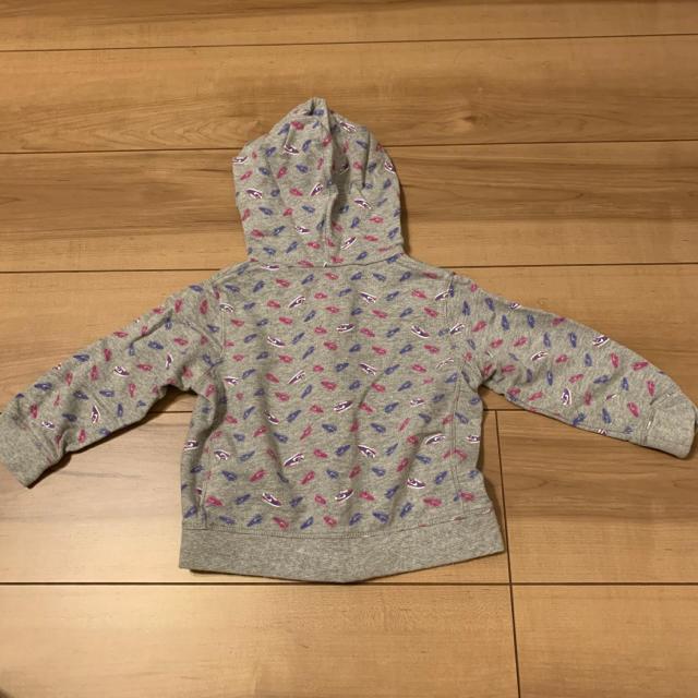 NIKE(ナイキ)のナイキ シューズ柄 パーカー アウター 80 キッズ/ベビー/マタニティのベビー服(~85cm)(トレーナー)の商品写真