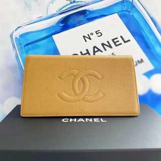 CHANEL - 超美品✨シャネル デカココ キャビアスキン 二つ折り 長財布
