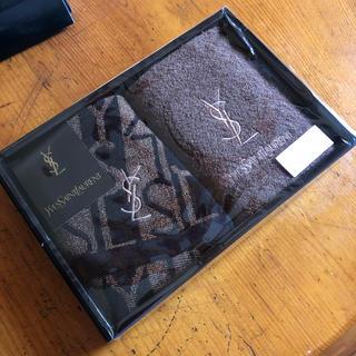 イヴサンローランボーテ(Yves Saint Laurent Beaute)のYves saint Laurent ゲストタオル(タオル/バス用品)