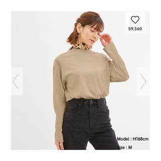 ジーユー(GU)のGU ロングスリーブT(長袖) ベージュ Mサイズ(Tシャツ(長袖/七分))