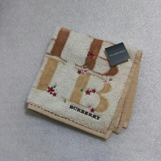 BURBERRY - バーバリー☆大判タオルハンカチ28×28.5