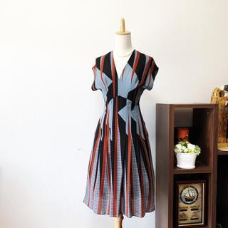 Gucci - 美品 GUCCI グッチ ジオメトリック パターン ワンピース ドレス