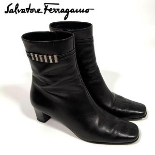 Salvatore Ferragamo - 【フェラガモ】レディース ショートブーツ 黒 24cm ブーティ