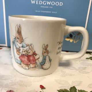 ウェッジウッド(WEDGWOOD)のウェッジウッド ピーターラビット マグカップ(グラス/カップ)