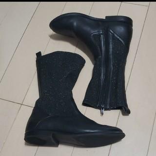 ザラ ガールズ ブーツ