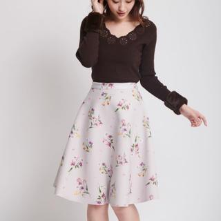 ノエラ(Noela)のNoela リバーシブルスカート スエード×花柄(ひざ丈スカート)