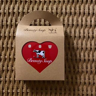 ギュウニュウセッケン(牛乳石鹸)の赤箱 ハート缶(ボディソープ/石鹸)