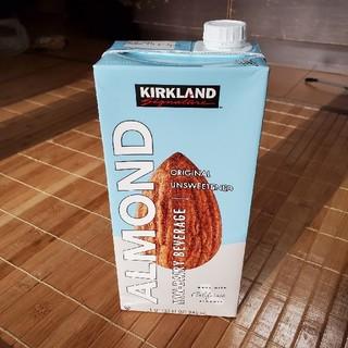 コストコ(コストコ)のカークランド 無糖アーモンドミルク 946ml(ソフトドリンク)