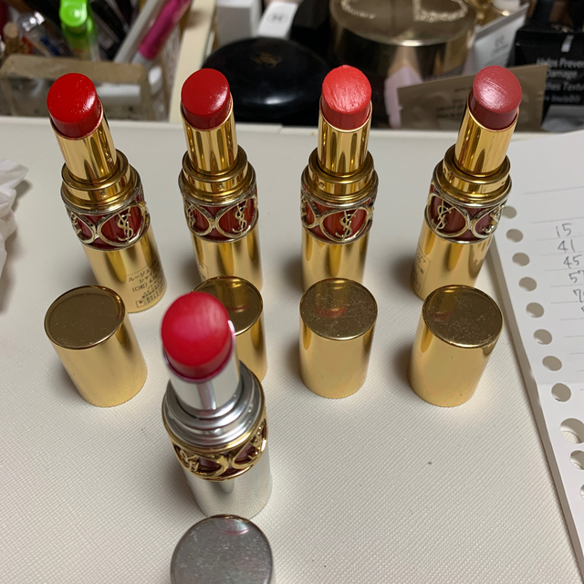 Yves Saint Laurent Beaute(イヴサンローランボーテ)のイブサンローラン  リップバラ売り中 コスメ/美容のベースメイク/化粧品(口紅)の商品写真
